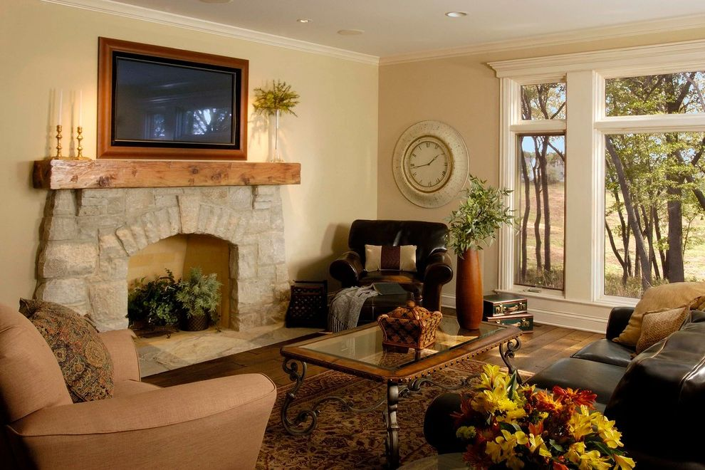 Triska Funeral Home With Traditional Family Room And Area Rug