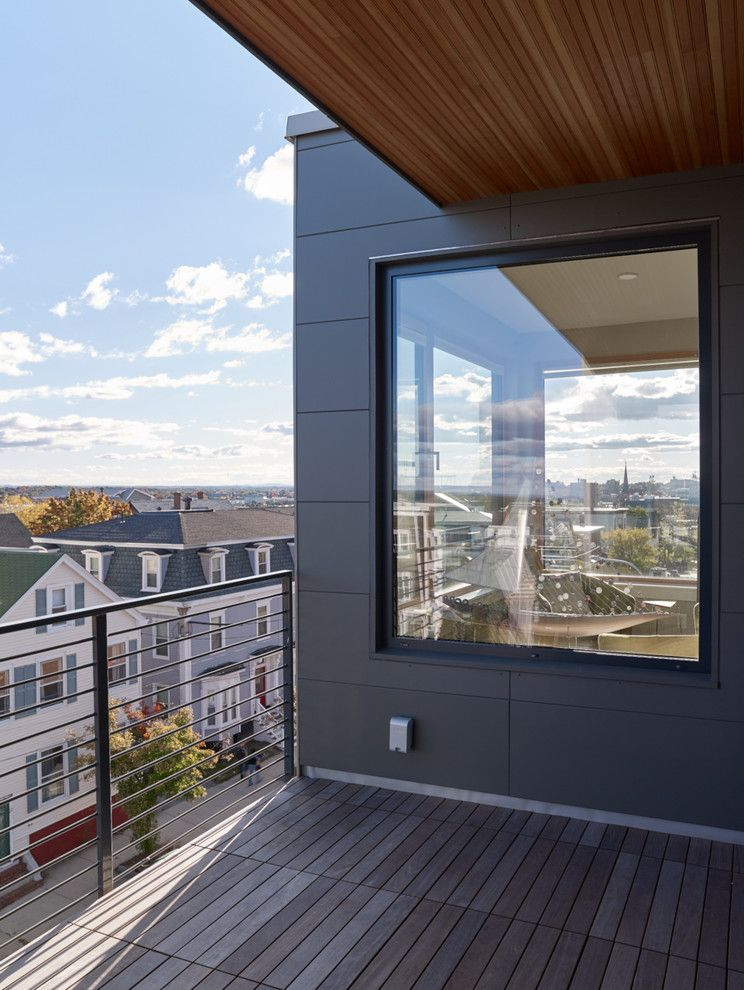 Unilux Windows with Modern Deck and 118 on Munjoy Darren Setlow Photography Hancock Lumber Home Again by Hancock Lumber Maine Munjoy Hill Portland Unilux Windows and Doors Wright Ryan Construction