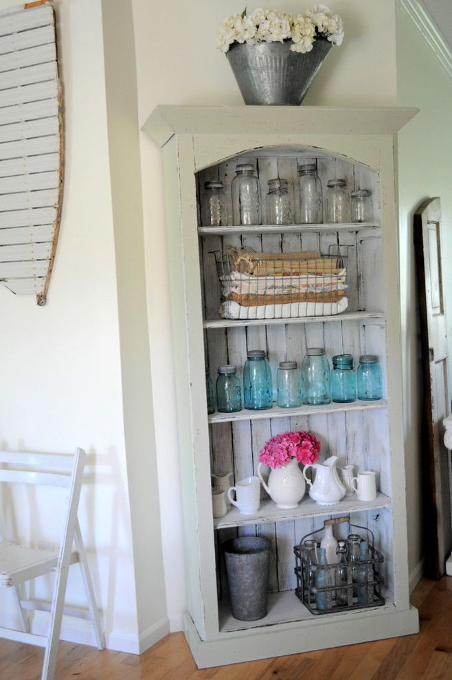 Used Tablecloths for Sale   Eclectic Kitchen Also Ball Jars Barnwood Bottles Buckets Burlap Color Farmhouse Feed Sacks Ironstone Spring Vintage Cupboard