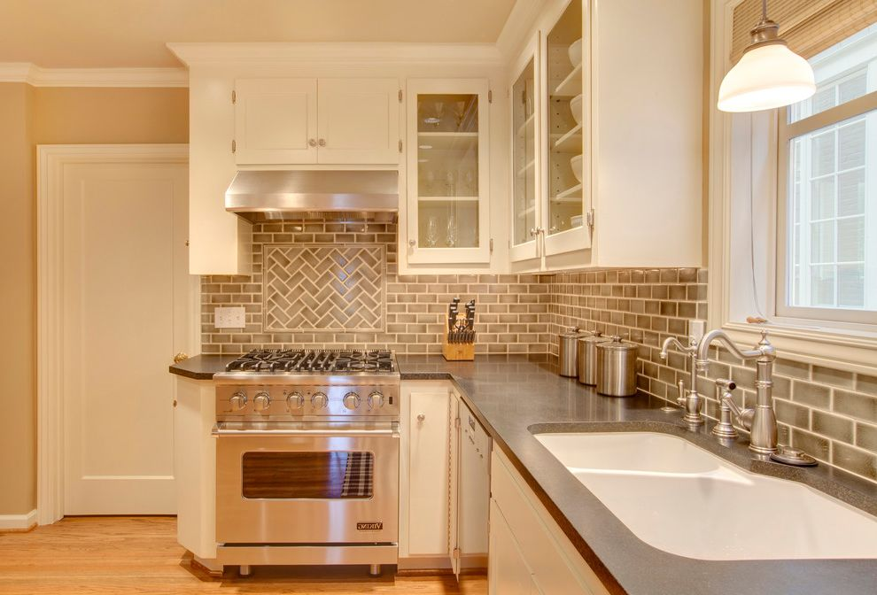 Vdsc5304bss   Traditional Kitchen Also Beige Cabinets Beige Door Beige Molding Beige Tile Backsplash Beige Wall Double Kitchen Sink Glass Cabinets Pendant Light Range Hood Stainless Steel Subway Tile Under Cabinet Lighting White Kitchen Sink Wood Floor