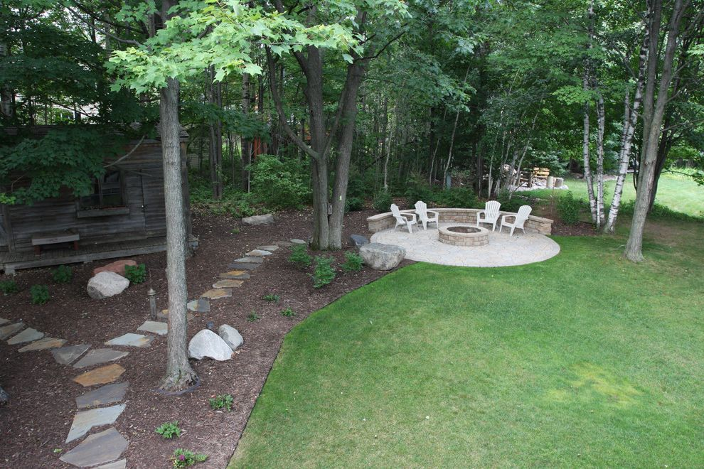 Vrbo Duluth Mn    Landscape  and Fire Pit Natural Stone Pathways