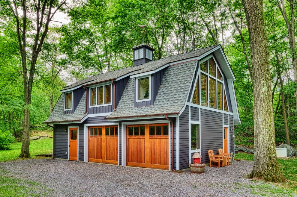 Garage Also Barn House Blue Farmhouse Gambrel Roof Gravel Large Windows New York Rustic Orange Door Modern