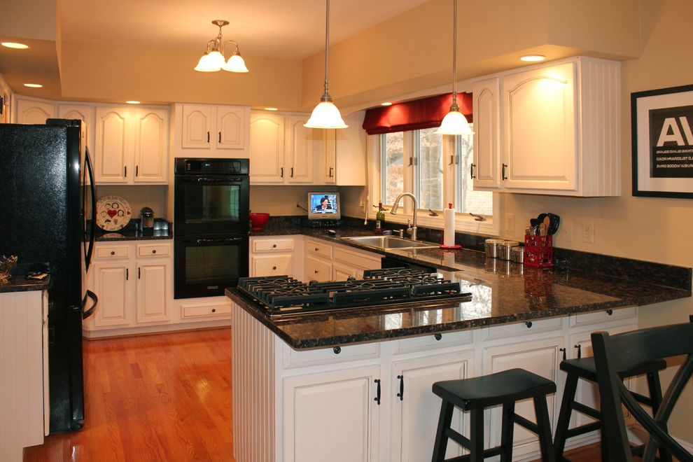 What is Kilz Used for   Traditional Kitchen  and Cabinet Refacing Cabinet Refinishing Kitchen Cabinet Refinishing Painted Oak Cabinets White Kitchen White Oak Cabinets