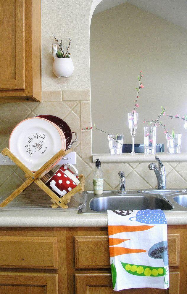 Dish Towel Sets   Traditional Kitchen  and Bamboo Dishcloth Dring Rack Floral Arrangement Glass Kitchen Neutral Colors Planter Sink Stemware Tea Tea Towel Tile Backsplash Towel Whimsical Wood Cabinets