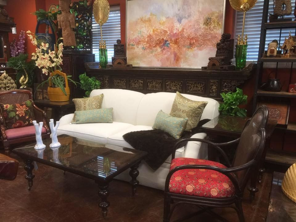 $keyword Ralph Lauren Coastal Living Room With Asian Antique Accents $style In $location
