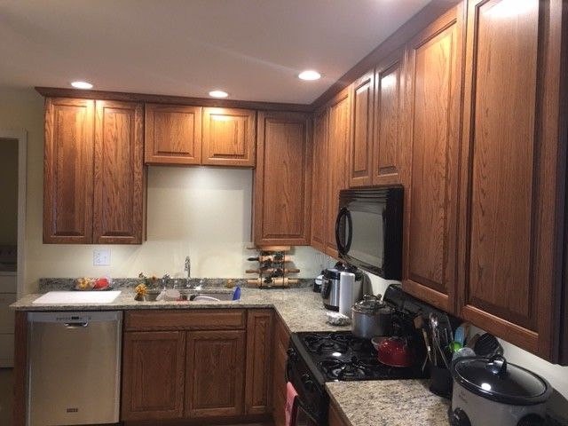 Lowes Barboursville Wv with Traditional Spaces Also Crown Molding Drywall Kitchen Appliances Oak Cabinets Recessed Lighting Under Cabinet Lighting Vinyl Flooring