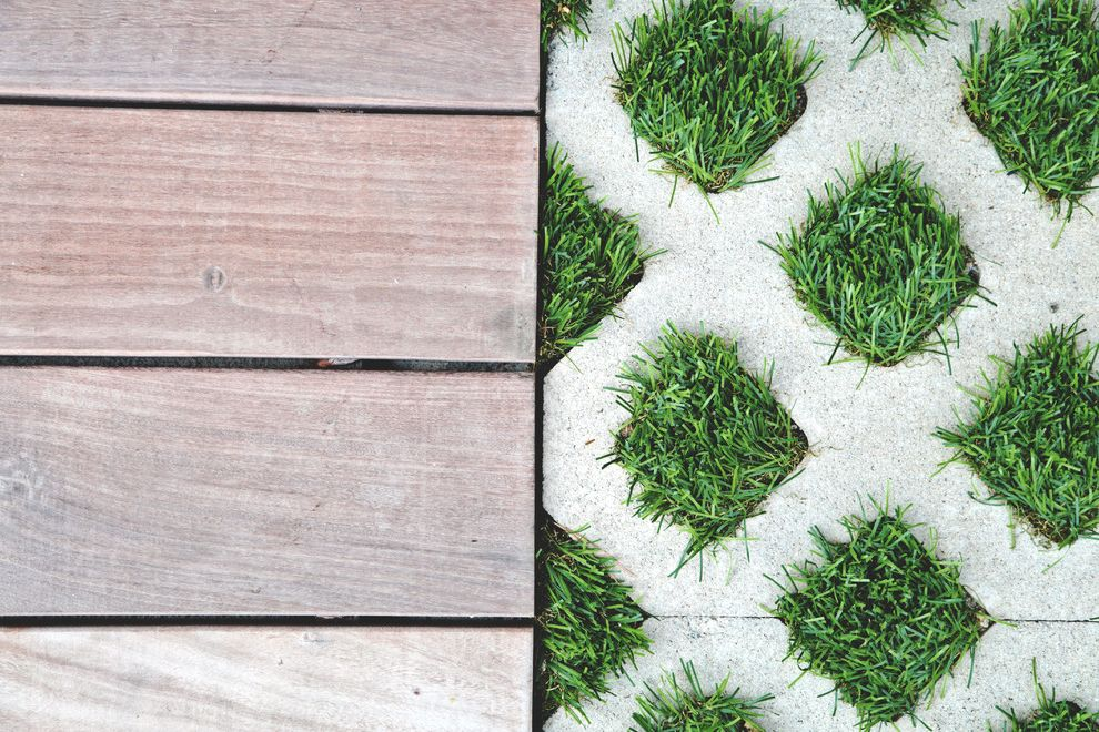 Artificial Grass Liquidators   Modern Spaces  and Artificial Grass Artificial Grass Instllation Artificial Grass Liquidators Artificial Turf Backyard Fake Grass Synthetic Turf