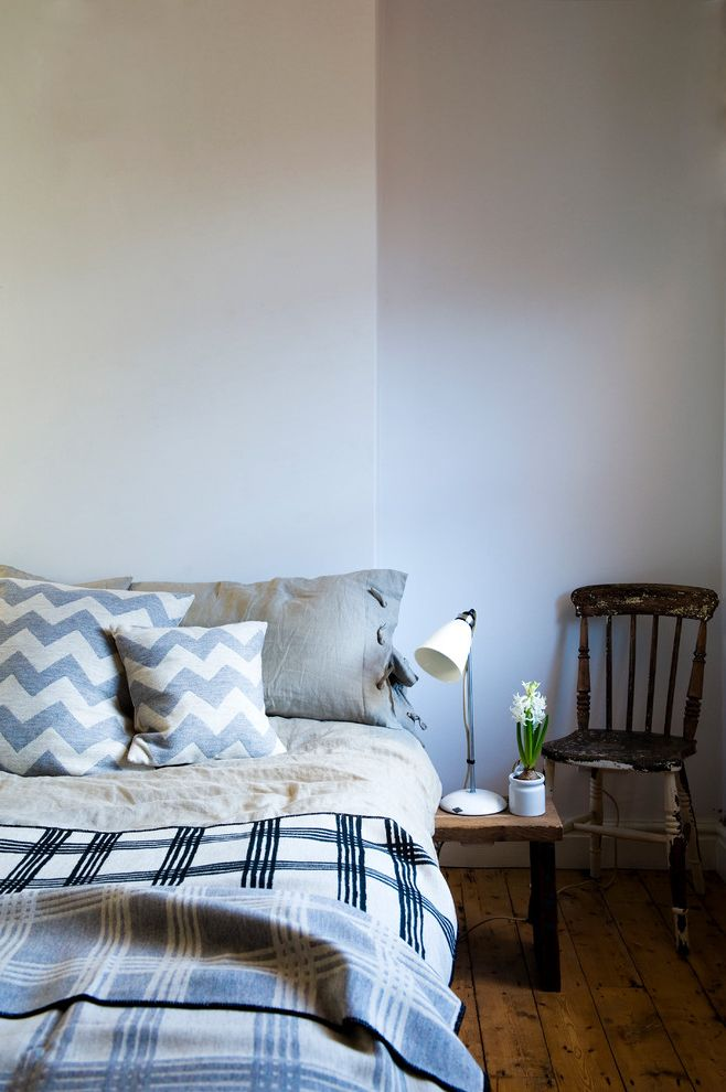 Diy Natural Bedding   Traditional Bedroom Also Bedding Beige Bedding Black Bedding Chevron Throw Pillow Gray Bedding Guys Bedroom Mens Bedroom Rustic Wood Floor Rustic Wood Side Table Rustic Wood Table White Wall Wood Floor