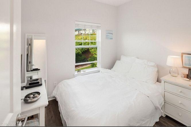 T&a Supply    Spaces  and Bedroom Bentley Grey Laminate Smoke Tas Flooring White