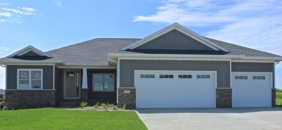 Houses in Sioux Falls with Contemporary Exterior Also Contemporary