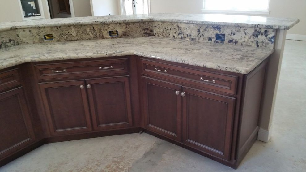 Lowes Pensacola   Traditional Spaces  and Diamond Lowes Maple Prelude