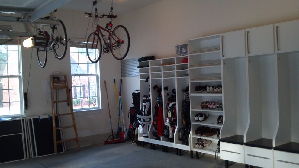 Secession Golf Club   Traditional Shed  and Bicycles Garage Golf Storage