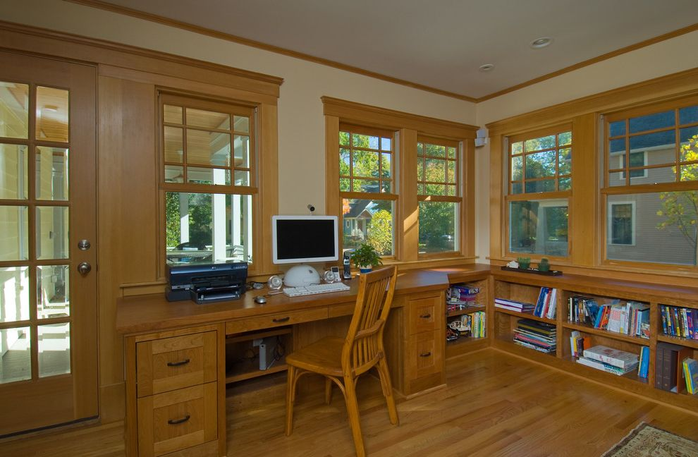 American Craftsman Windows with Traditional Home Office Also Bookcase Bookshelves Built in Shelves Built in Desk Cherry Crown Molding Desk Doug Fir Douglas Fir Wood Flooring Wood Molding Wooden Desk