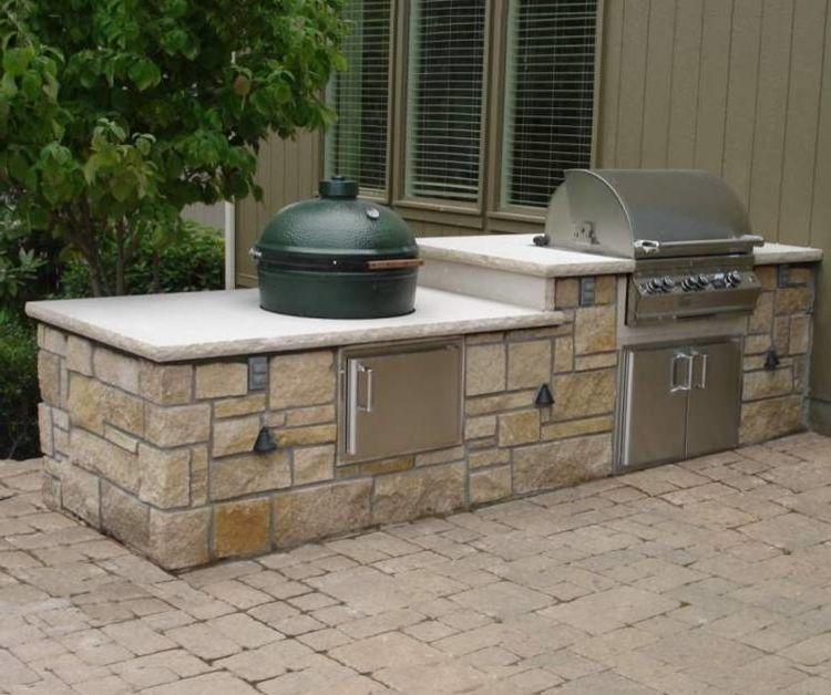 Lee Brick and Block with  Patio  and Built in Appliances Indoor Outdoor Indoor Outdoor Living Natural Stone Kitchen Outdoor Dining Outdoor Grill Outdoor Kitchen Stainless Steel Fixtures