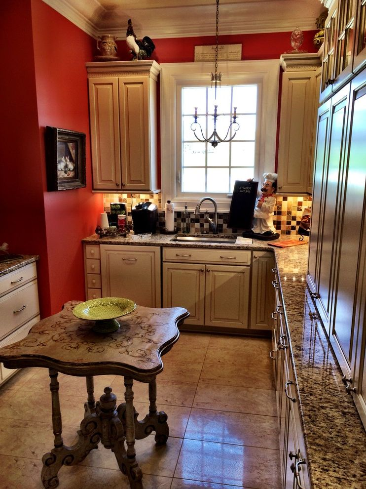 Lowes Hattiesburg Ms   Traditional Kitchen Also Cabinet Design Cabinets Kitchen Kitchen Cabinet Design Kitchen Cabinets Pantry Pantry Cabinets Shenandoah Shenandoah Cabinetry