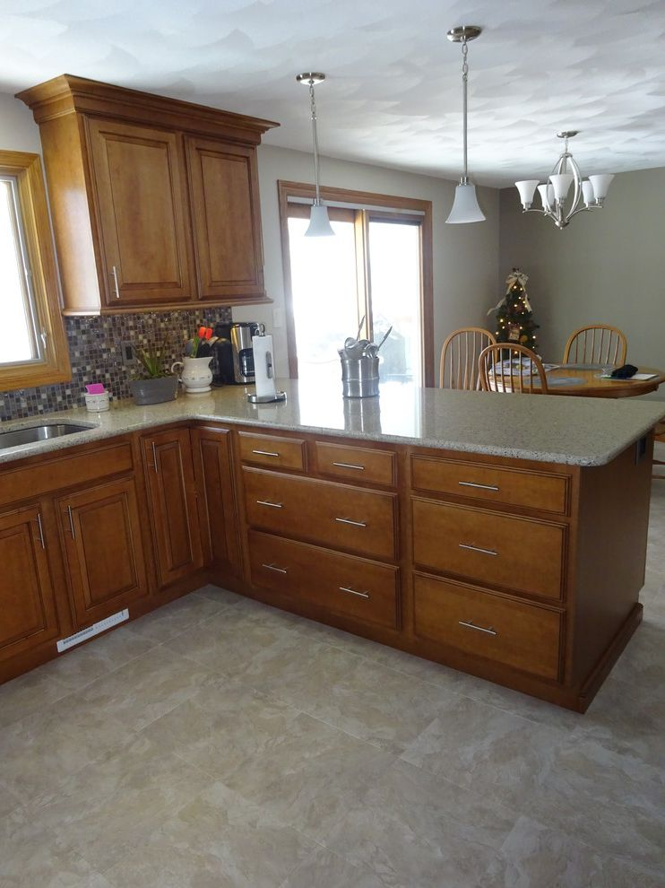 Lowes Peoria Il   Traditional Kitchen Also Ebony Glaze Hampton Maple Harvest Bronze Lowes Lowes Peoria Il Schuler Viatera Silver Lake