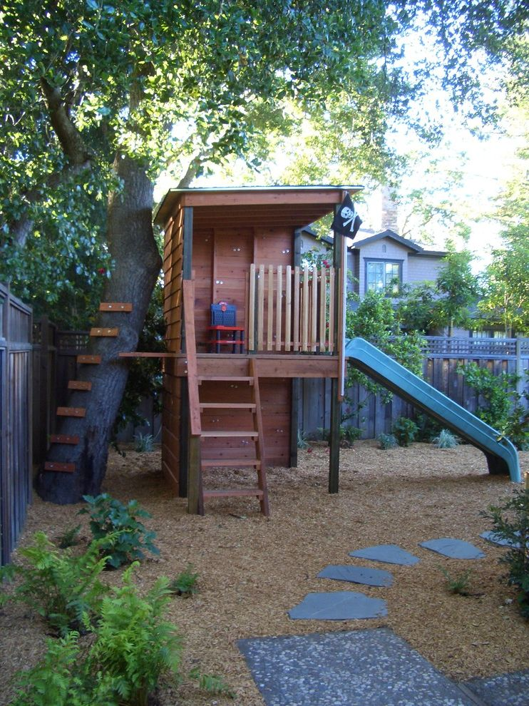 Outside Playsets   Traditional Landscape Also Gravel Kids Path Pavers Playhouse Playset Swingset Treehouse Walkway Wood Fencing