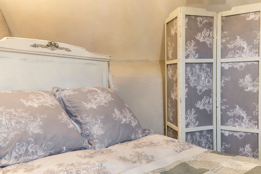 What Are Duvet Covers with Shabby Chic Style Spaces Also Chris Snook Christmas Design Houzz Interior Design Interiors Photography Shabby Chic Xmas
