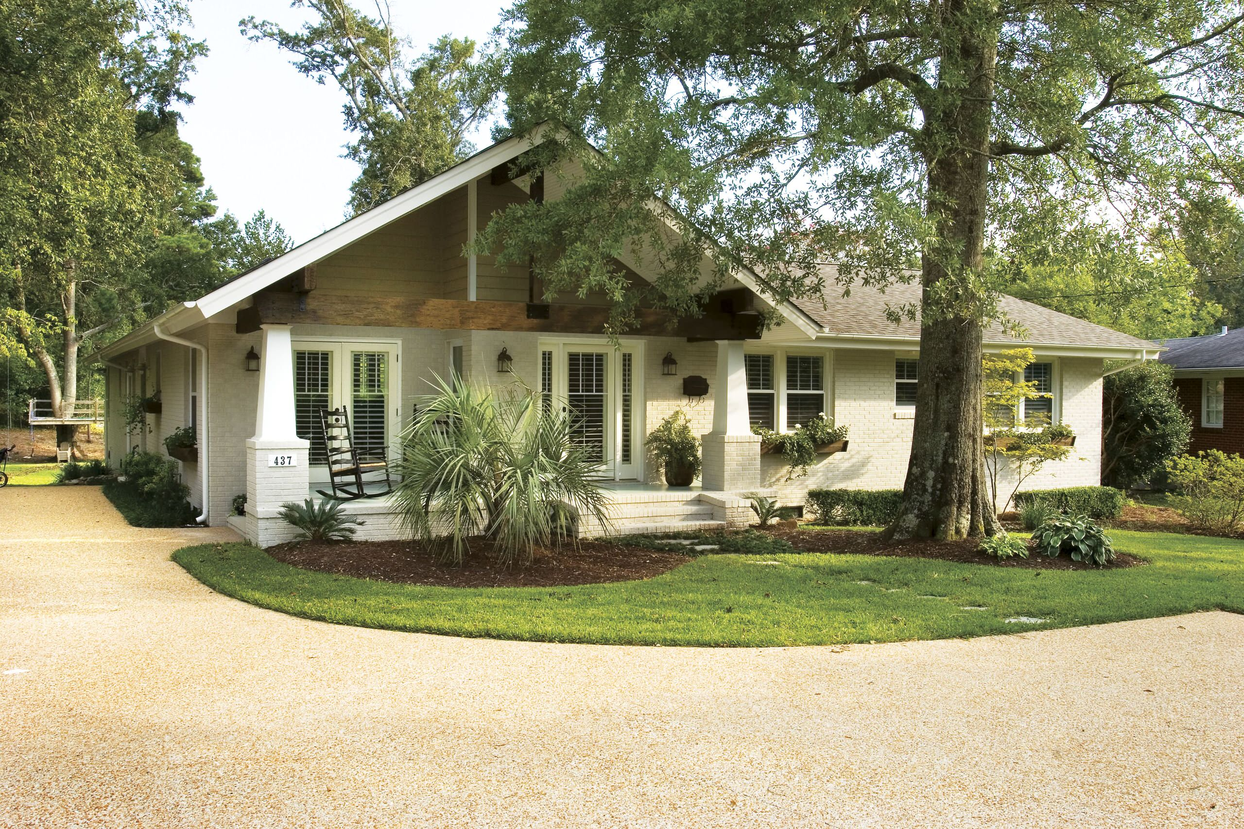 Front Porch Ideas for Ranch Style Craftsman Exterior Bungalow Driveway Entrance Exposed Beams